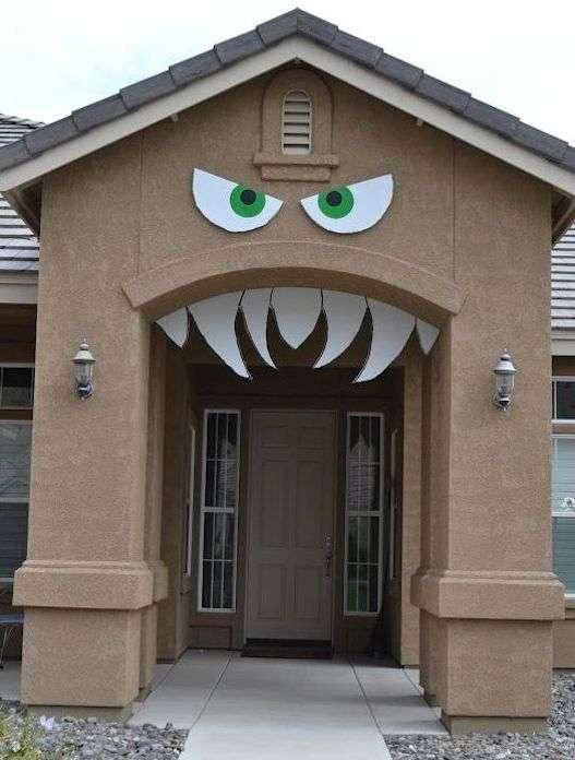 Puerta Monstruosa