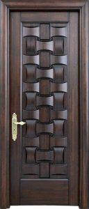 puerta de madera unida